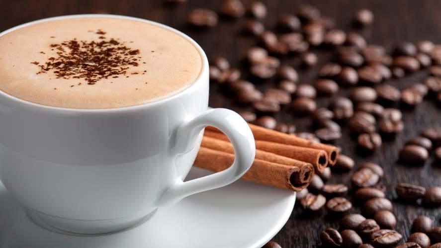 กาแฟกับถ้วยกาแฟ มหาวิทยาลัยที่มีชื่อเสียงแห่งหนึ่ง บรรดาศิษย์เก่าที่จบจากสถาบันนี้ แยกย้ายกันไปประกอบอาชีพ มีชื่อเสียงในวงสังคม